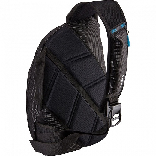 Thule Crossover 17L Sling Pack Black